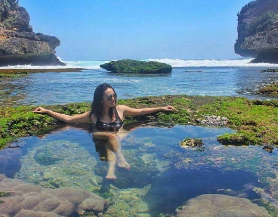 wisata pantai bengkung malang